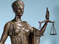 Без книжка и с опит за подкуп- шофьор е предаден на прокурор