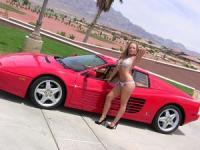 """""""Аксесоари"""" към едно Ferrari с цвят червен"""