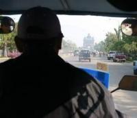 Пиян клиент открадна такси и катастрофира