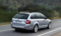 Skoda bets on bigger Octavia wagon