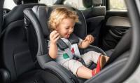 До каква възраст се използва детско столче в автомобила?