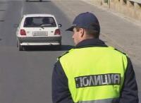 Полицаи спират пиян шофьор със стоп-патрон
