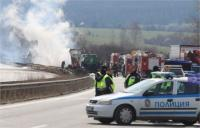 """Блокада на АМ """"Тракия"""" заради катастрофа на ТИР и цистерна"""